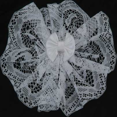 Women's Lace Headcovering w/ Comb & Bow